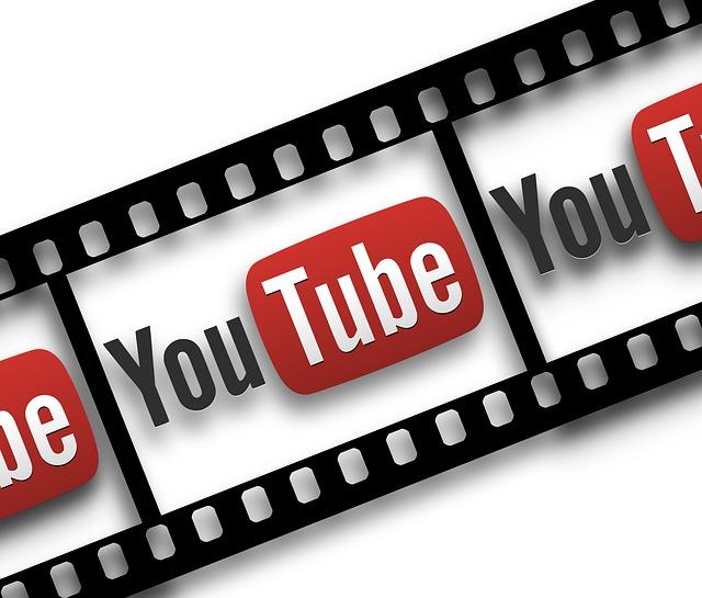 filmový pás a youtube